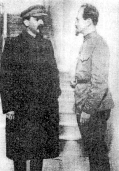 Сталин и дзержинский кремль 1919 г