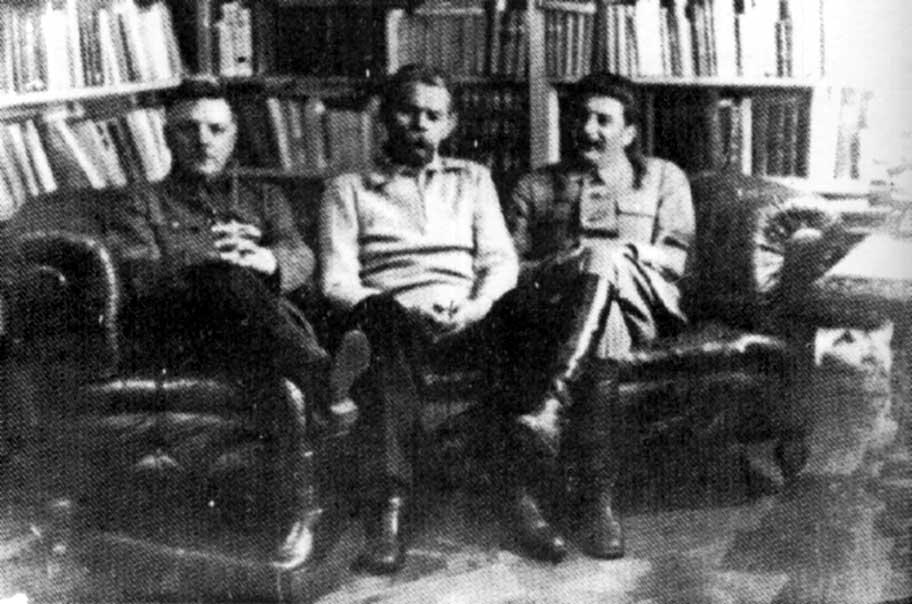 http://stalinism.narod.ru/vieux/foto/foto_04/st_43.jpg